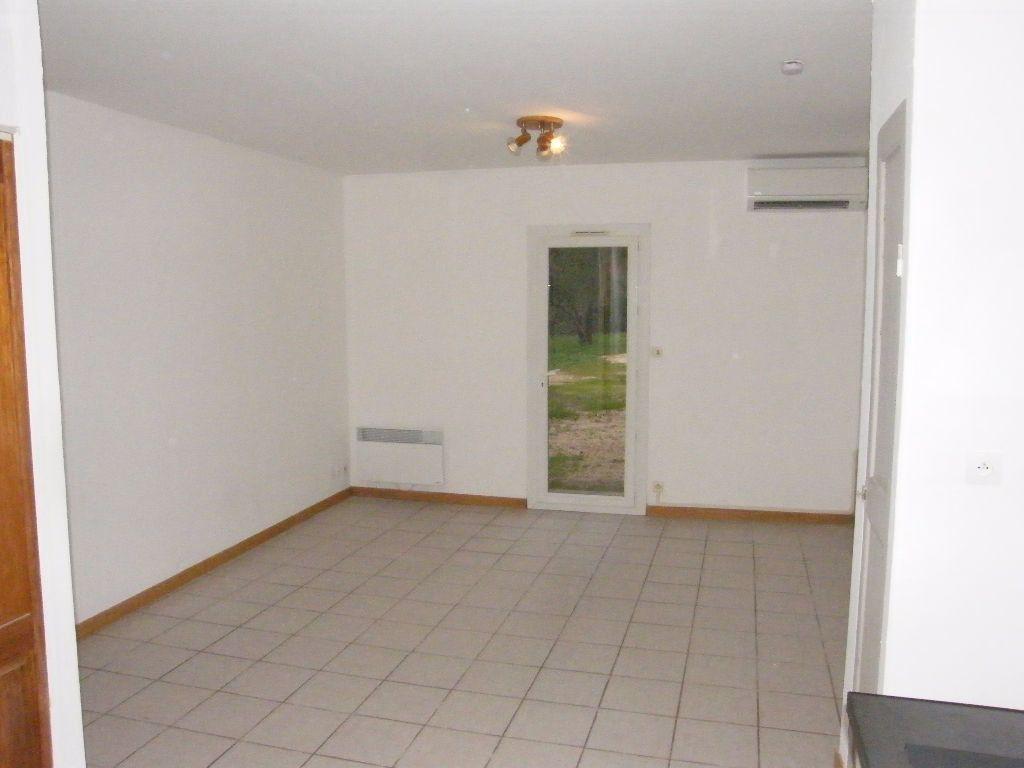 Maison à louer 2 36.11m2 à Roquevaire vignette-6