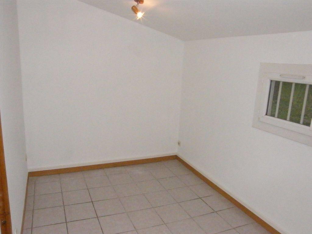 Maison à louer 2 36.11m2 à Roquevaire vignette-8