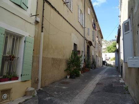 Appartement à louer 1 25.3m2 à Roquevaire vignette-1