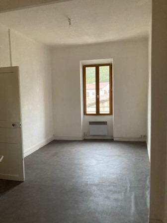 Appartement à louer 3 51.81m2 à Roquevaire vignette-2