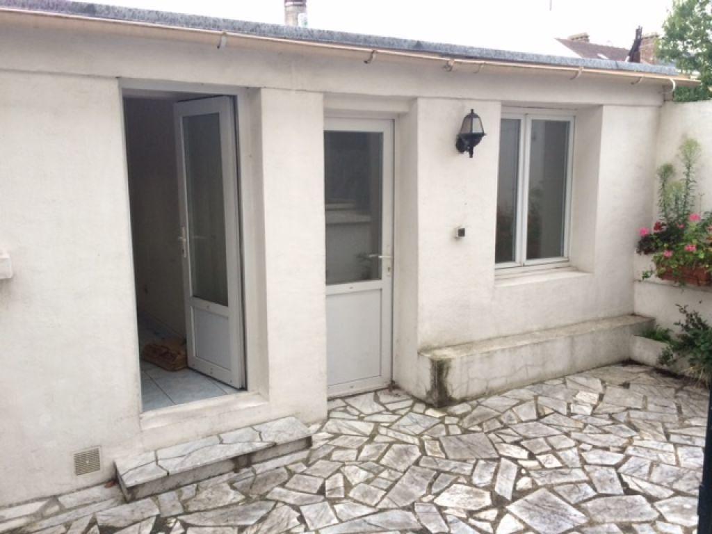 Maison à louer 3 70m2 à Le Blanc-Mesnil vignette-2
