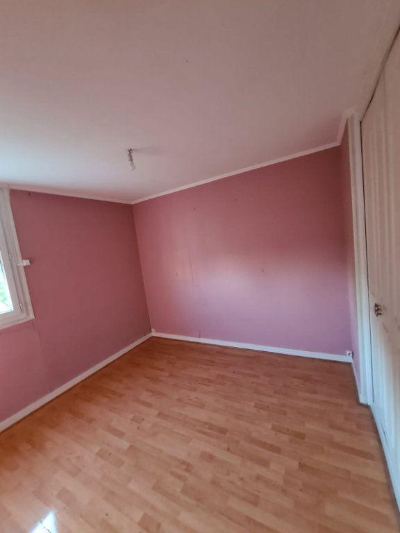 Appartement à louer 4 70m2 à Le Bourget vignette-4