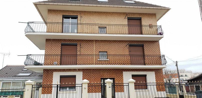 Appartement à louer 2 39m2 à Le Blanc-Mesnil vignette-1