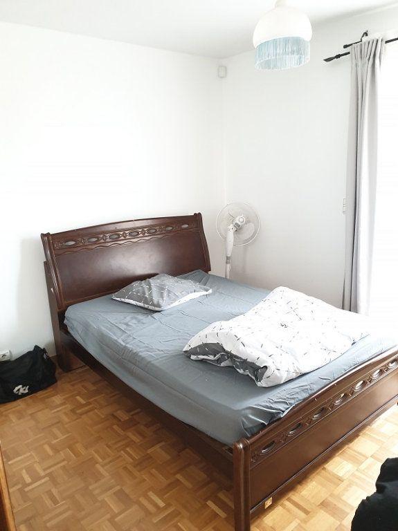 Maison à louer 7 313m2 à Le Blanc-Mesnil vignette-5