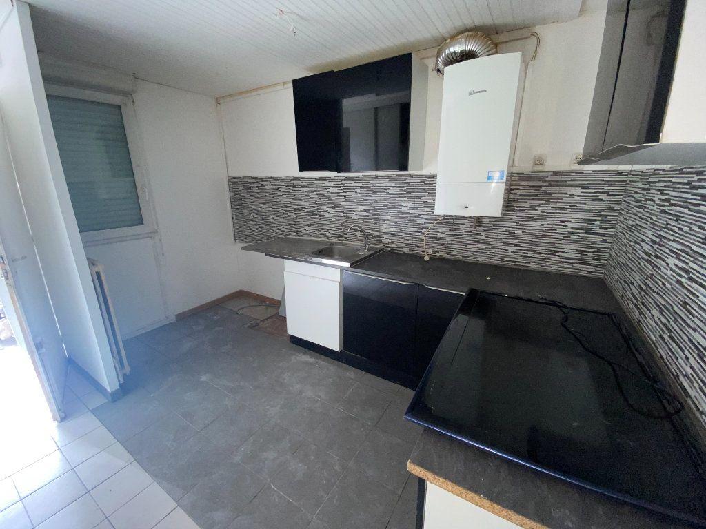 Maison à louer 4 85m2 à Villepinte vignette-1