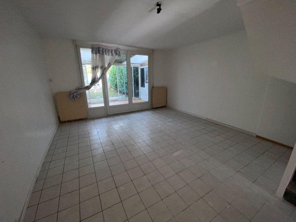 Maison à louer 4 85m2 à Villepinte vignette-2