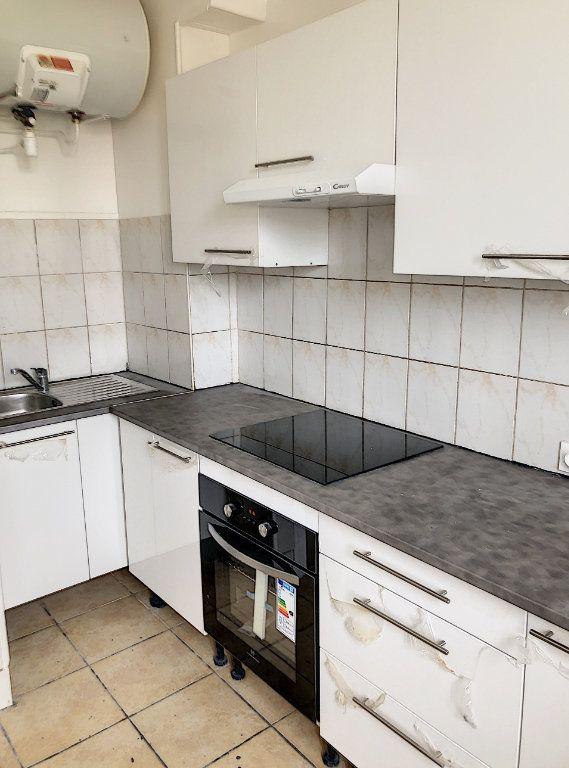 Appartement à louer 2 44m2 à Le Bourget vignette-4