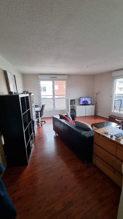 Appartement à louer 3 62m2 à Le Blanc-Mesnil vignette-1