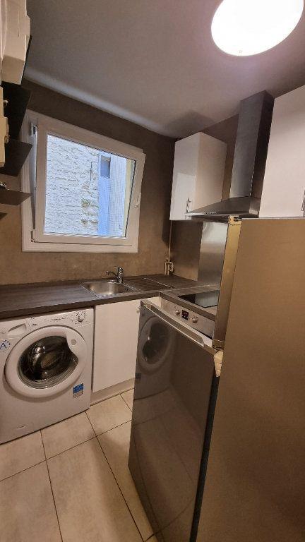 Appartement à louer 2 40m2 à Paris 11 vignette-4