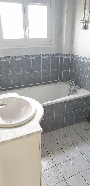 Appartement à louer 3 55m2 à Drancy vignette-4