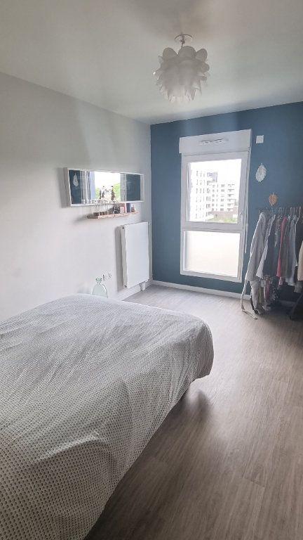 Appartement à louer 3 65m2 à Bobigny vignette-4