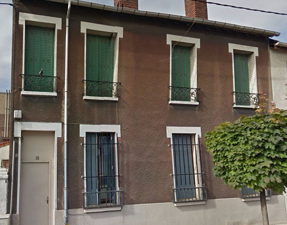 Appartement à louer 3 42m2 à La Courneuve vignette-1
