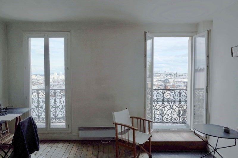 Appartement à louer 3 50m2 à Paris 18 vignette-2