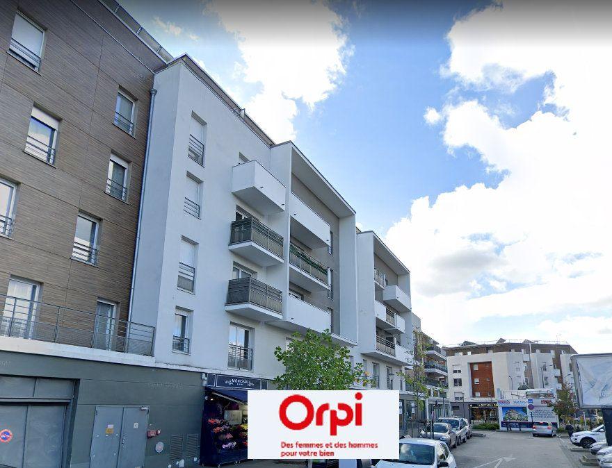 Appartement à louer 2 40m2 à Le Blanc-Mesnil vignette-1