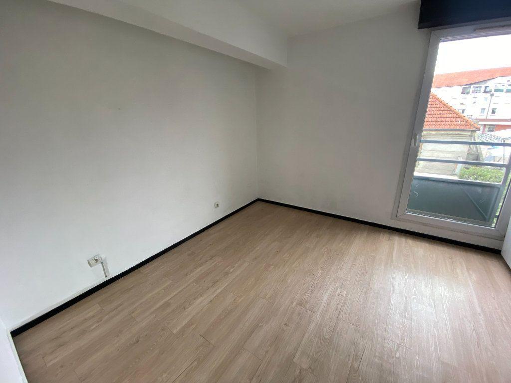 Appartement à louer 3 64.53m2 à Pierrefitte-sur-Seine vignette-5