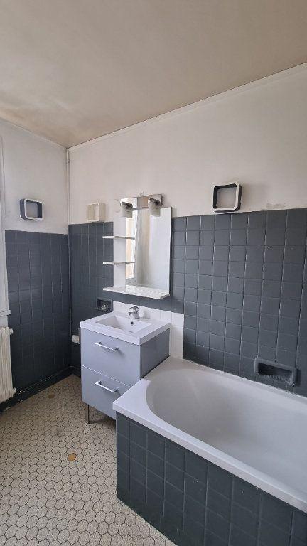 Appartement à louer 2 45m2 à Bobigny vignette-5