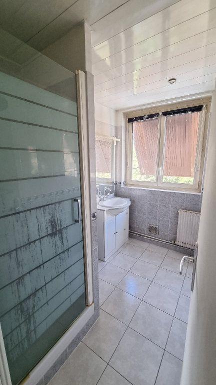 Appartement à louer 4 67m2 à Drancy vignette-4