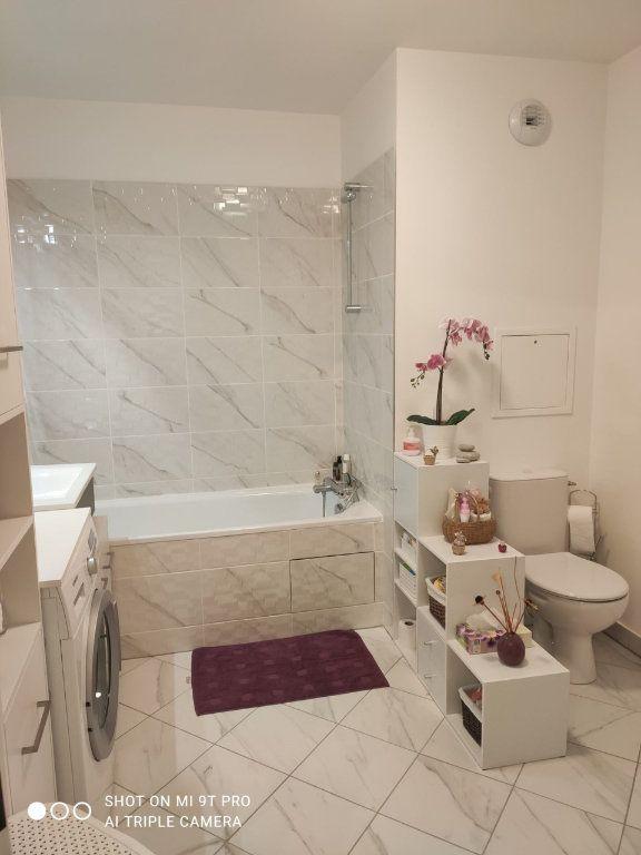 Appartement à louer 2 44m2 à Le Blanc-Mesnil vignette-3