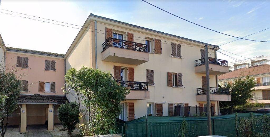 Appartement à louer 1 22m2 à Le Blanc-Mesnil vignette-4