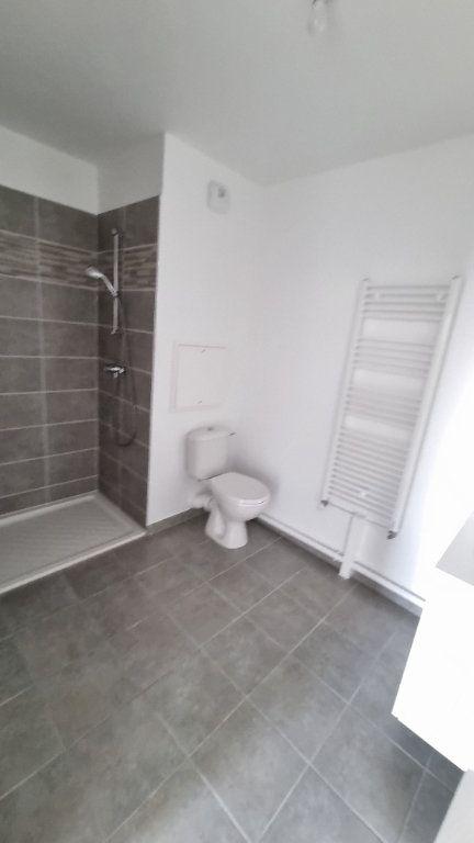Appartement à louer 2 47m2 à Drancy vignette-3