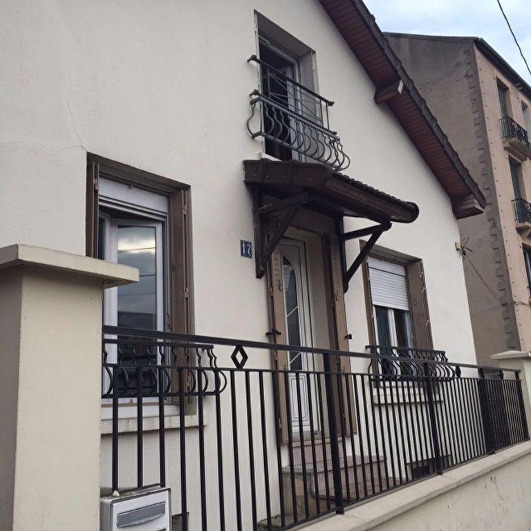 Maison à louer 5 90m2 à La Courneuve vignette-1