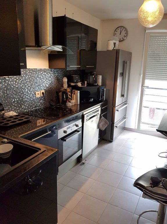 Appartement à louer 3 69m2 à Drancy vignette-3