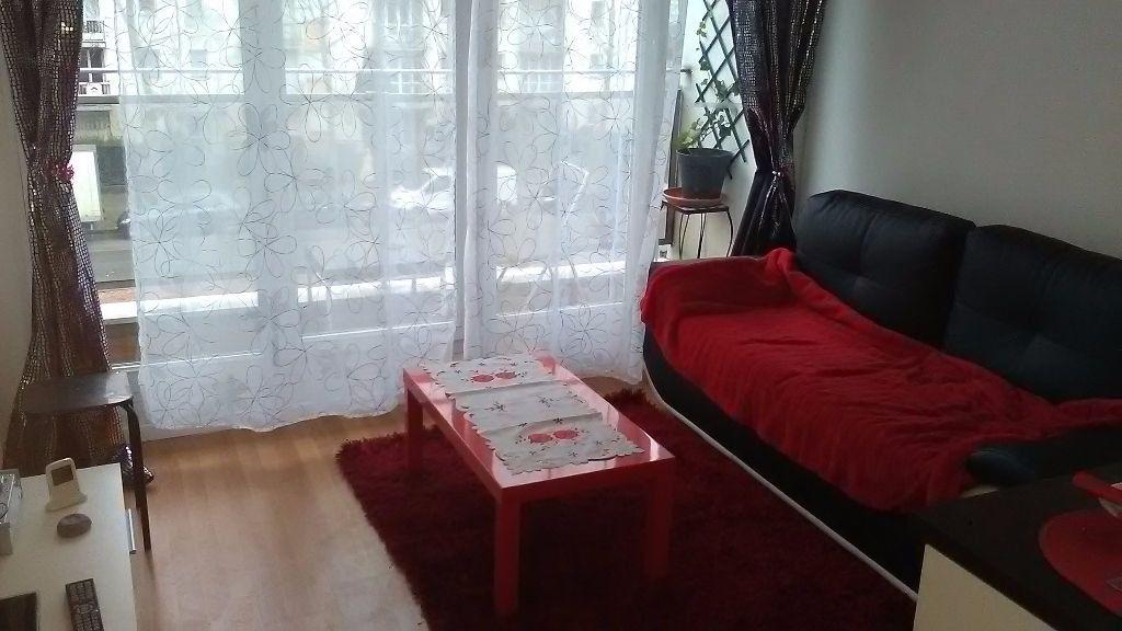 Appartement à louer 1 17m2 à Le Bourget vignette-1