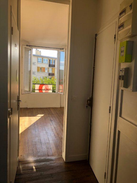 Appartement à louer 2 41m2 à Le Bourget vignette-2