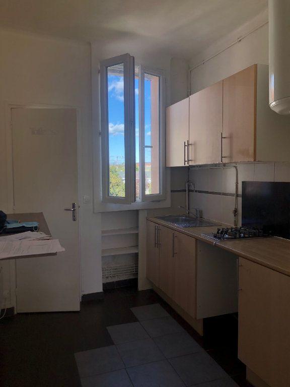 Appartement à louer 2 41m2 à Le Bourget vignette-3