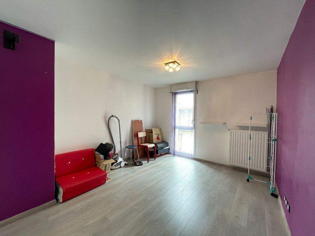 Appartement à vendre 3 60m2 à Romainville vignette-4