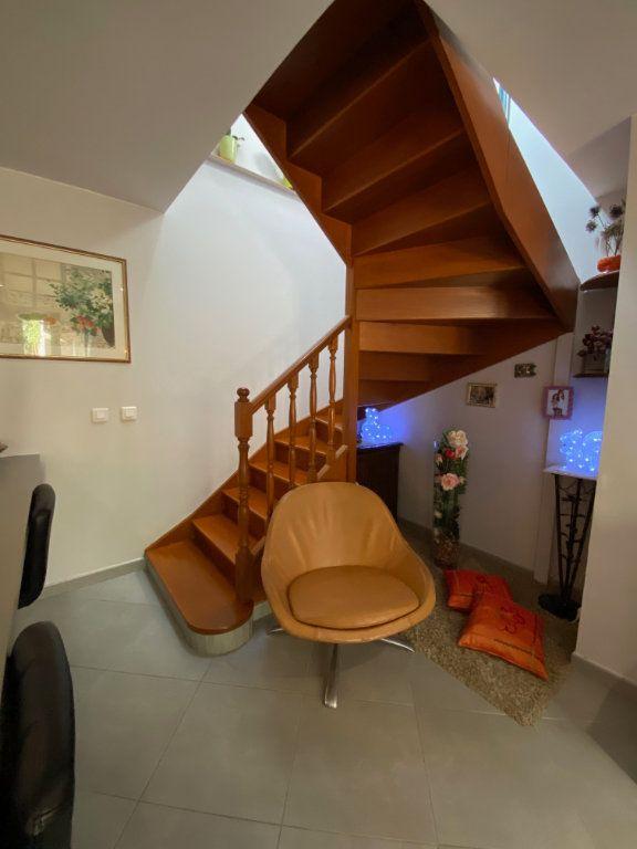 Maison à vendre 3 71m2 à Romainville vignette-8