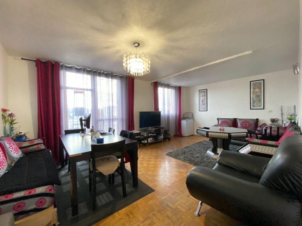Appartement à vendre 4 73m2 à Romainville vignette-1