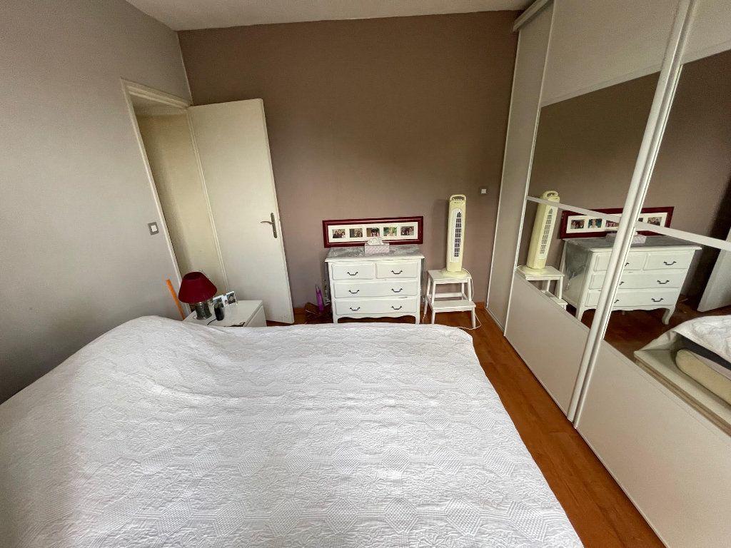 Maison à vendre 3 64.7m2 à Romainville vignette-14