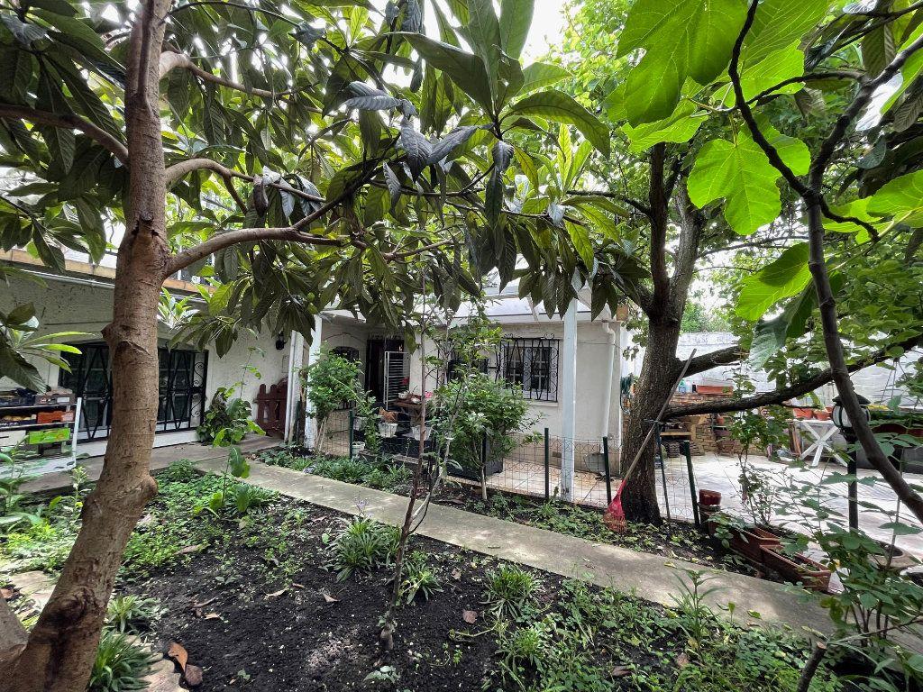 Maison à vendre 3 64.7m2 à Romainville vignette-15