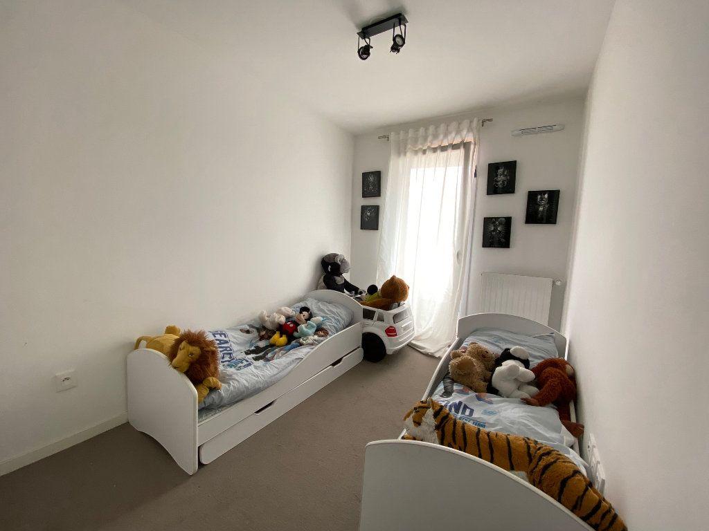 Appartement à vendre 4 79m2 à Romainville vignette-7