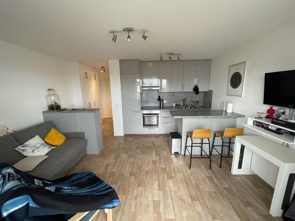 Appartement à vendre 1 28.1m2 à Romainville vignette-2