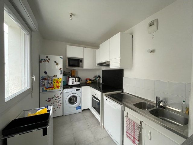 Appartement à vendre 3 61.44m2 à Romainville vignette-4