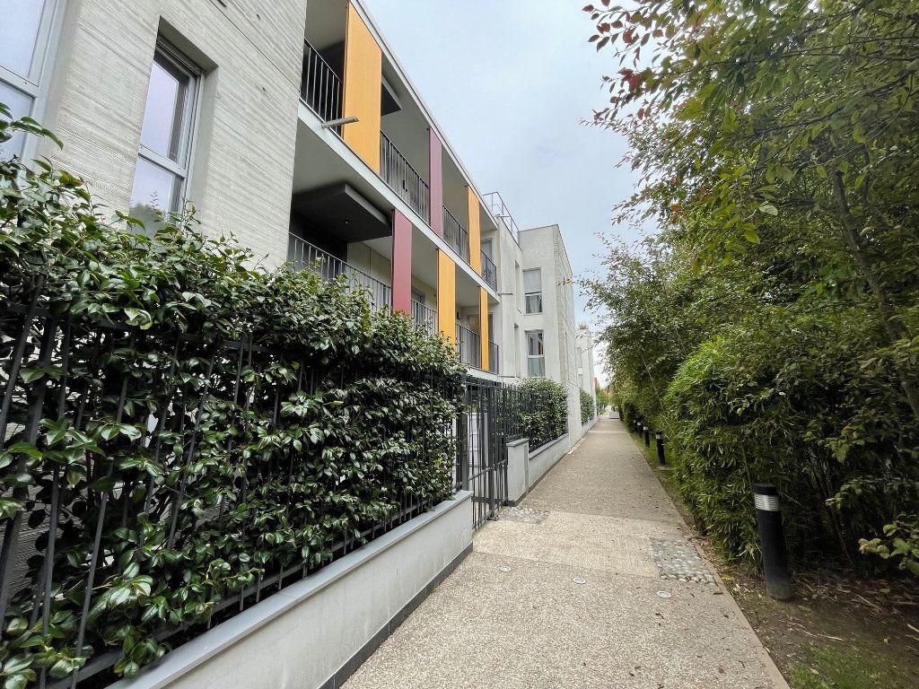Appartement à vendre 3 61m2 à Romainville vignette-2