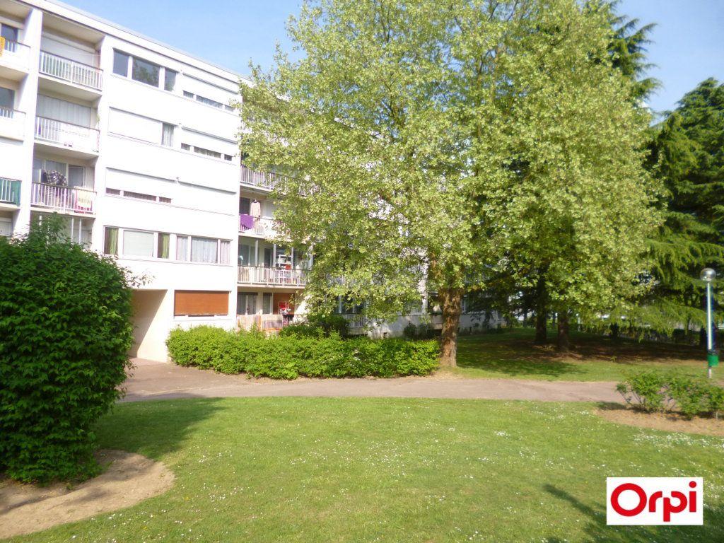 Appartement à vendre 5 95.2m2 à Ris-Orangis vignette-9