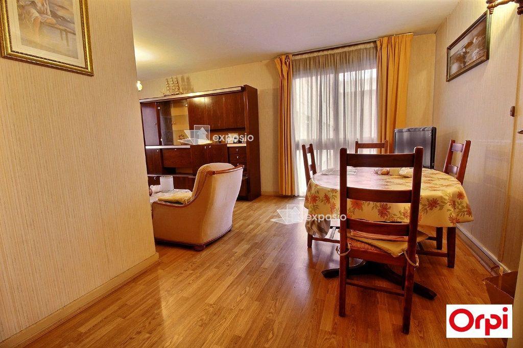 Appartement à vendre 5 81m2 à Grigny vignette-1
