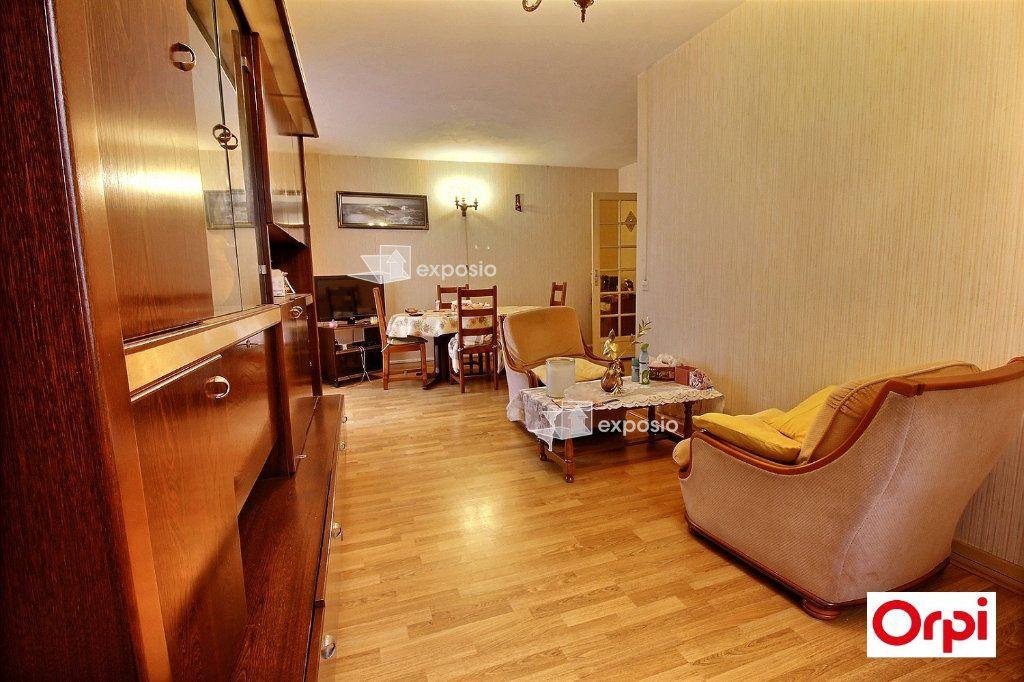 Appartement à vendre 5 81m2 à Grigny vignette-3