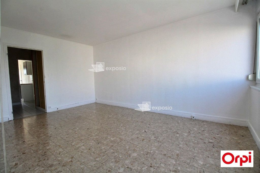 Appartement à vendre 3 60m2 à Ris-Orangis vignette-2