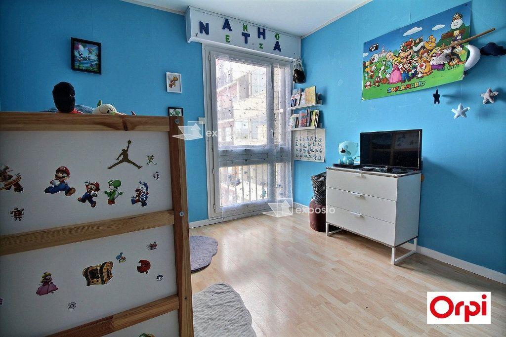 Appartement à vendre 4 83m2 à Ris-Orangis vignette-7