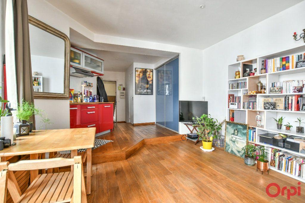 Appartement à vendre 2 40.05m2 à Paris 18 vignette-3