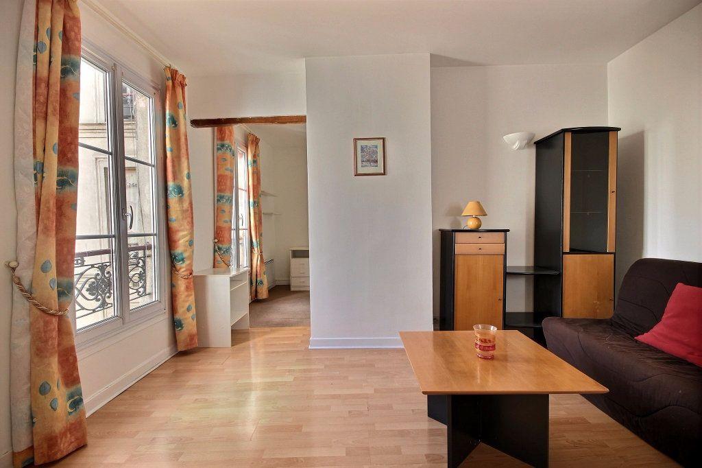 Appartement à louer 2 32m2 à Paris 14 vignette-1