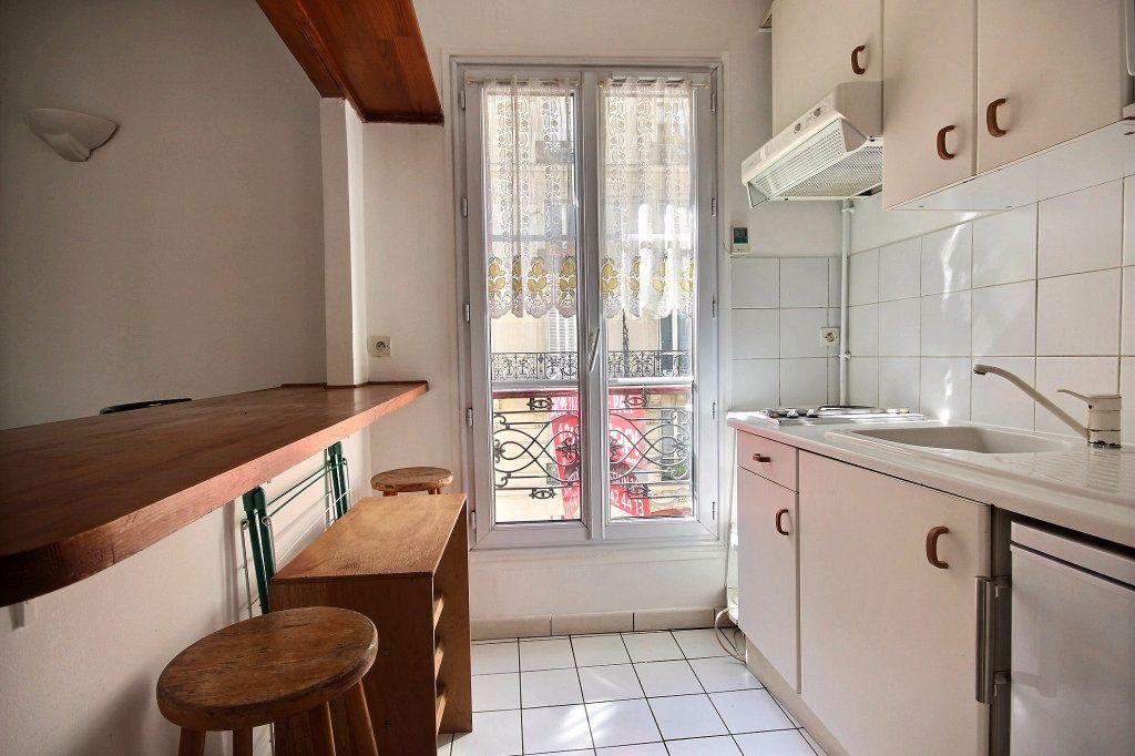 Appartement à louer 2 32m2 à Paris 14 vignette-4