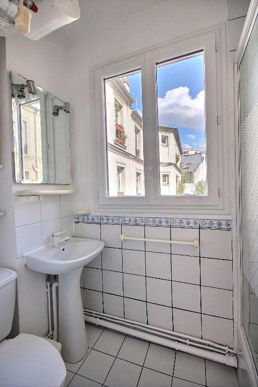 Appartement à louer 2 32m2 à Paris 14 vignette-5
