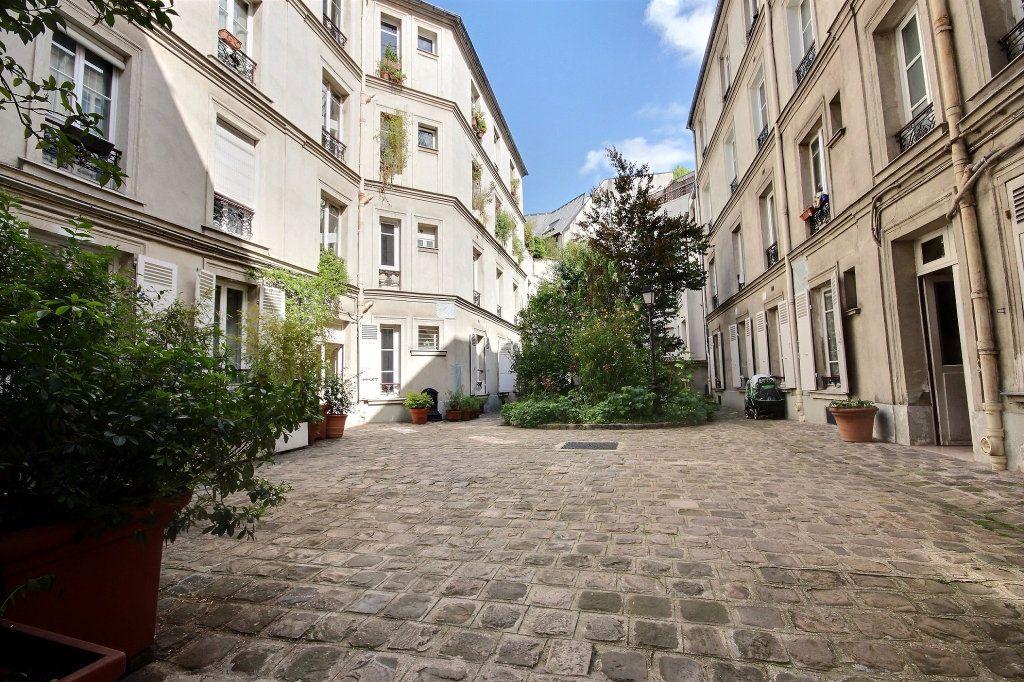 Appartement à louer 2 32m2 à Paris 14 vignette-6