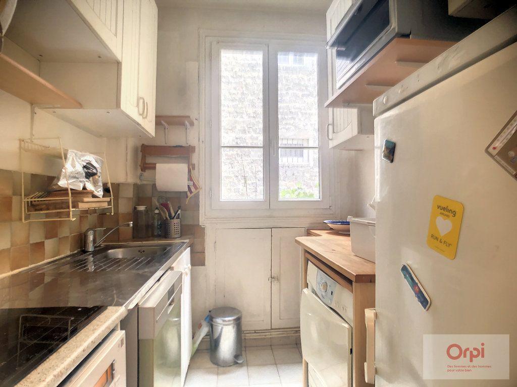 Appartement à louer 2 39m2 à Paris 14 vignette-3