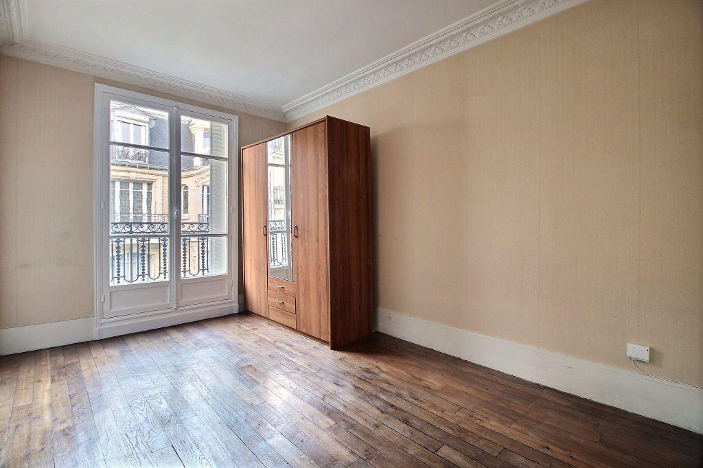 Appartement à louer 2 37m2 à Paris 14 vignette-2